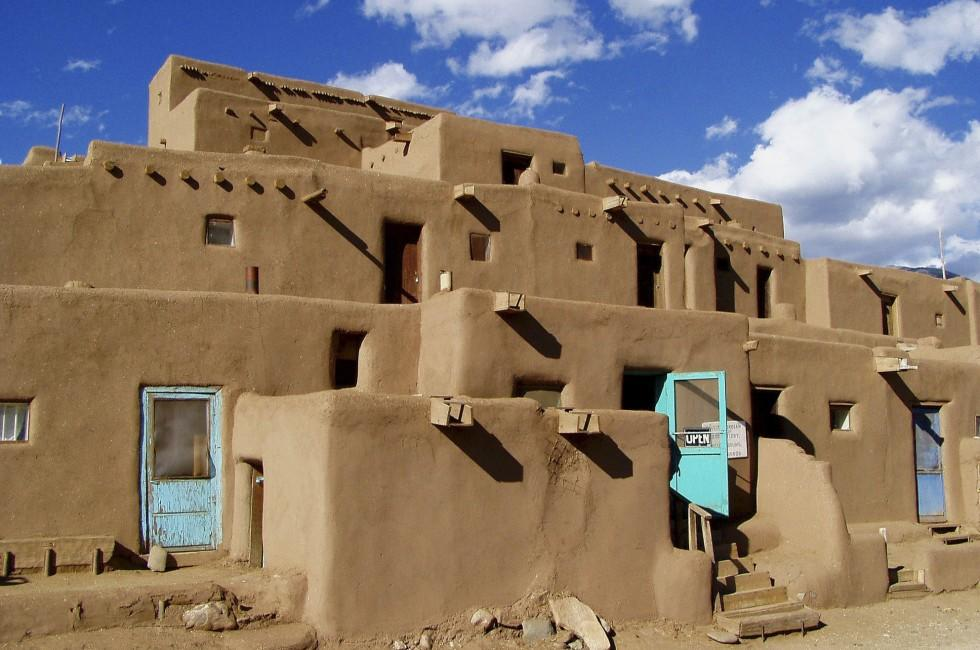 taos-pueblo-taos-new-mexico-usa_980x650