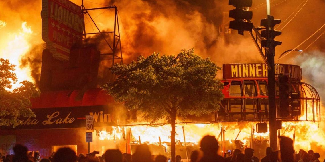 Minneapolis-riot-1140x570